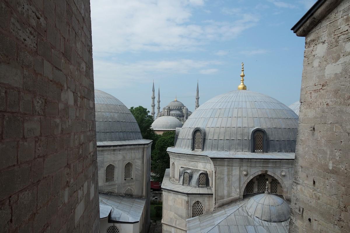 vue mosquee bleue depuis sainte sophie istanbul